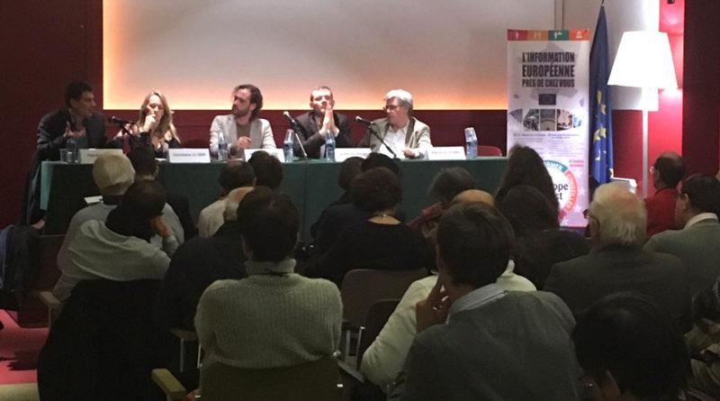 Conférence sur le dumping social à la Maison de l'Europe de Paris.