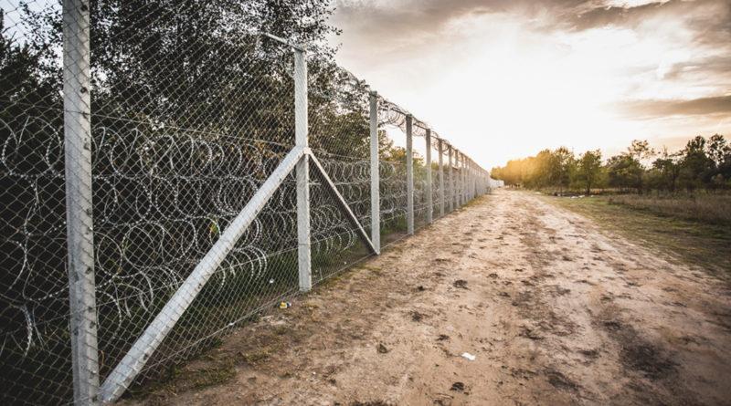 Murs, forteresse, réfugiés, immigration, extrême-droite, populisme, Hongrie, barrières, Elena Blum