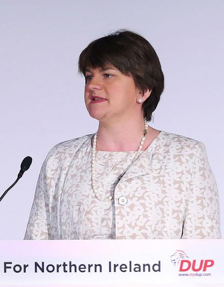 Arlene Foster, Première ministre de l'Irlande du Nord, issue du Parti unioniste démocrate.