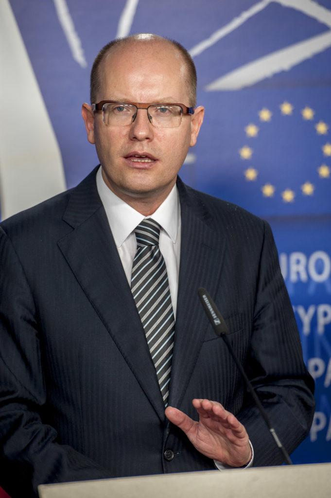 Bohuslav SOBOTKA, le premier ministre Tchèque, n'est pas opposé à Bruxelles, mais se laisse séduire par le groupe de Visegrad. © European Union
