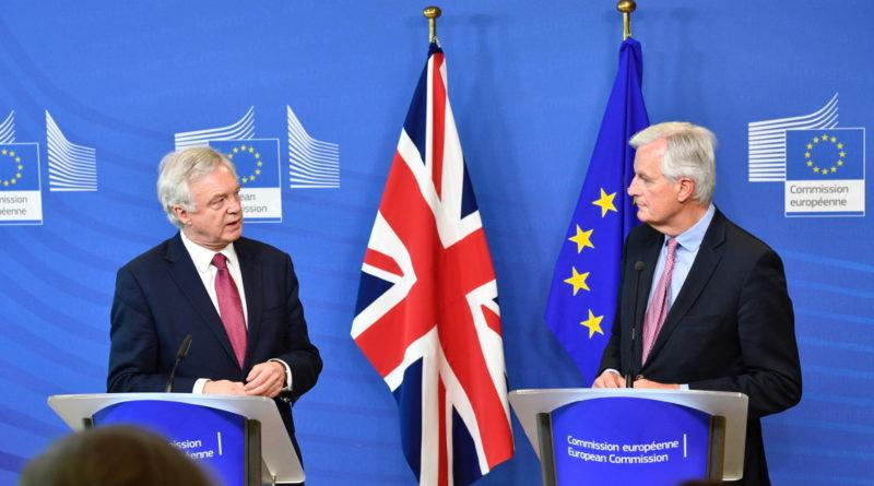 Brexit, Michel Barnier, David Davis, négociations, Elena Blum